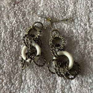 Gold circle design earrings